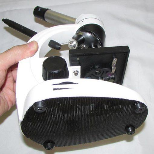 نمای زیرین میکروسکوپ بیولوژی تک چشمی 640 برابر دوربین دار