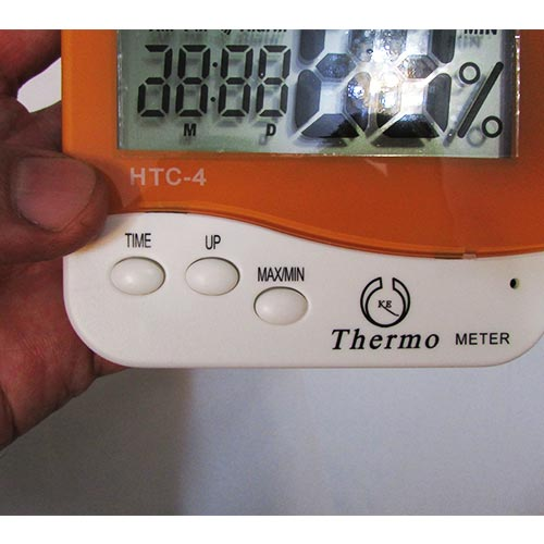 کلیدهای دماسنج رطوبت سنج دیجیتالی رومیزی دیواری دو خانه مدل HTC-4