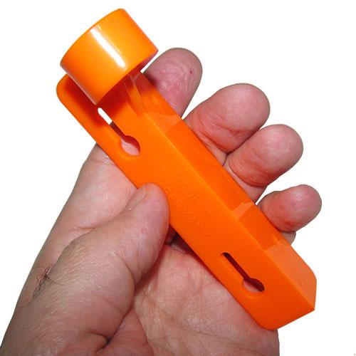 مشاهده ابعاد تراز نبشی آلمانی کائوچویی نارنجی رنگ