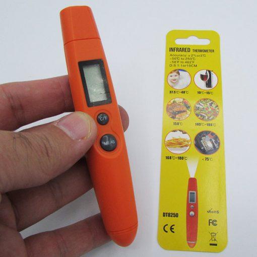 مشاهده سایز و ابعاد تب سنج دیجیتالی - دماسنج کودک دیجیتالی مادون قرمز